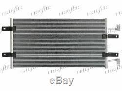 Condenseur de climatisation RENAULT TRAFIC/OPEL VIVARO 2.5 DCI 8/06